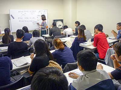 日本東京国際学院 授業風景4